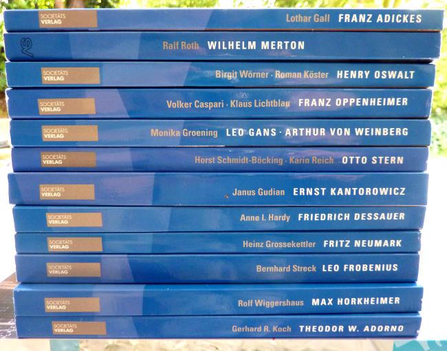 004-Biografien-a
