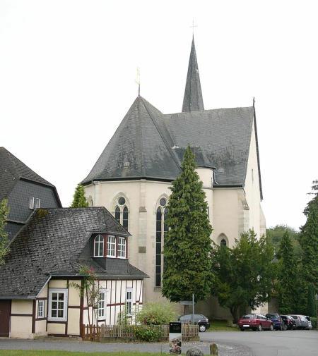 800px-kloster_altenberg_kirche-450a