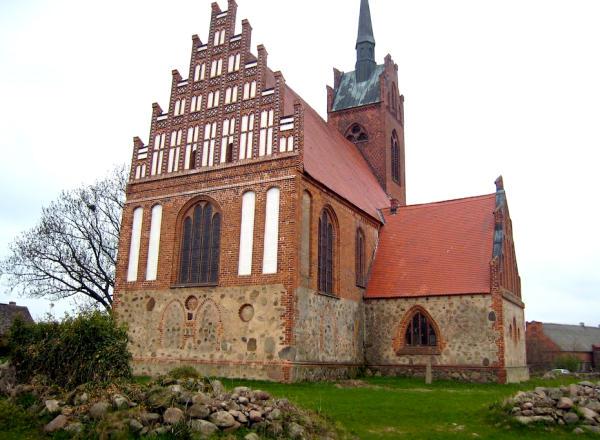 Alt Kruessow Wallfahrtskirche-600
