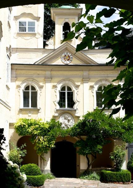 Antretter_Hauskapelle_Salzburg_2014_07_14_Foto_Elke_Backert-430