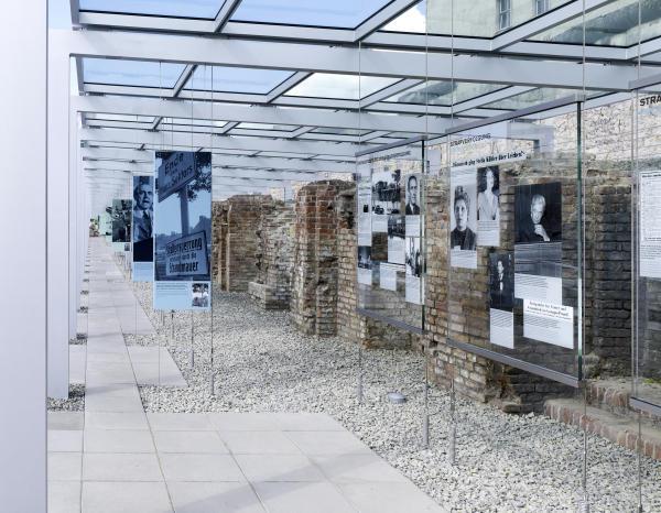 Ausstellung_09-600