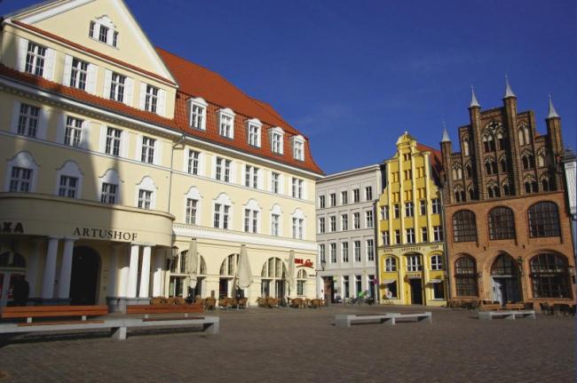 Bild 16 Stralsund - Am Marktplatz