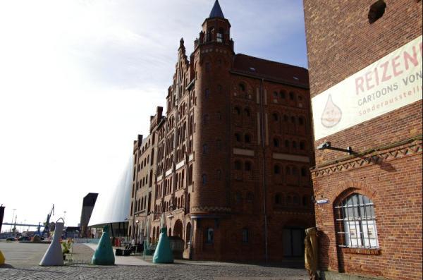 Bild 20 Stralsund - Am Hafen