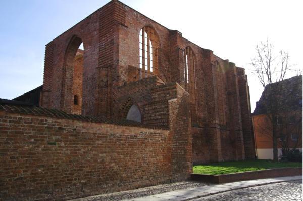 Bild 25 Stralsund - Ruine der Johanniskirche