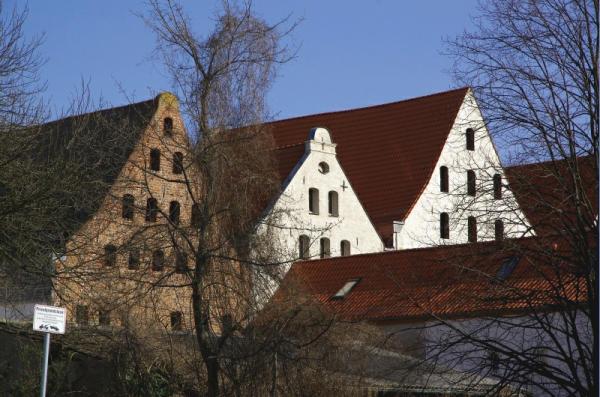 Bild 26 Stralsund von hinten