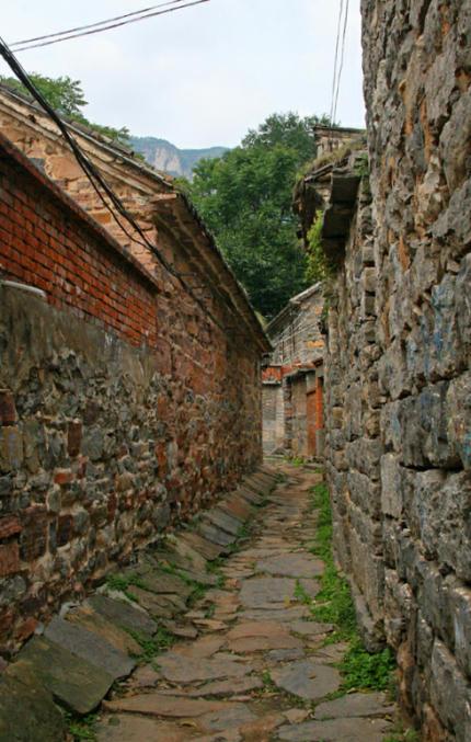 Dorfhutong-a-430