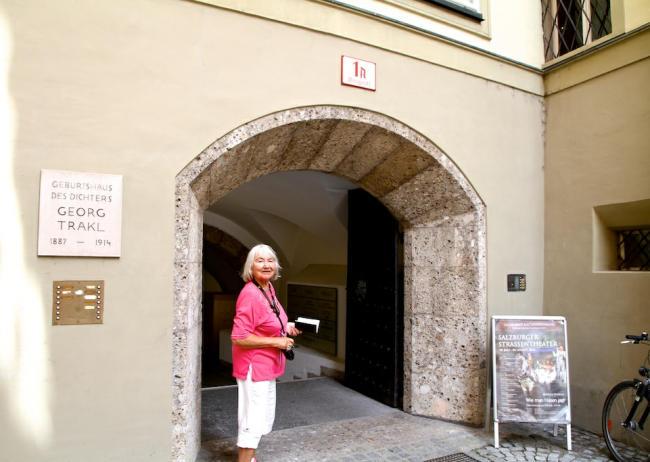 Georg_Trakl_Geburtshaus_Salzburg_2014_07_14_Foto_Elke_Backert-650
