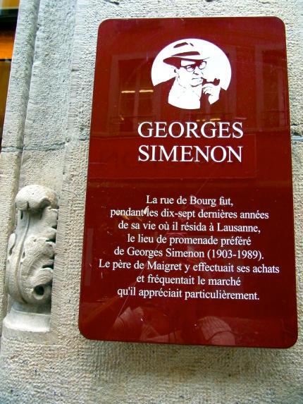 Georges_Simenon_Rue_de_Bourg_Lausanne__2013_07_10_Foto_Elke_Backert-430