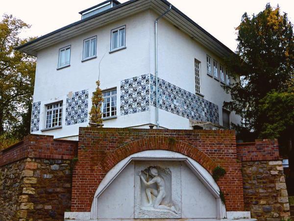 Haus_Olbrich_Brunnen_Mathildenhoehe_Darmstadt_2013_11_17_Foto_Backert-600