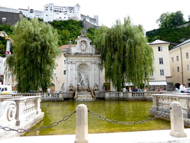 Kapitelschwemme_Kapitelplatz_Salzburg_2014_05_29_Foto_Elke_Backert-650