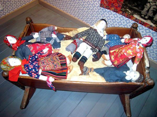 Kihnu-Museum Puppen