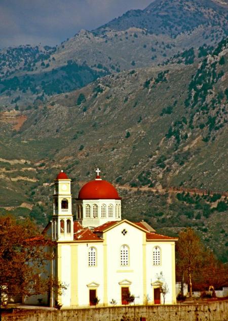 Kreta Kirche einsam-450