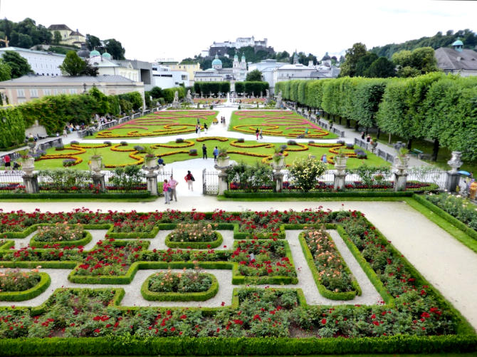Mirabellgarten_Rosengarten_Dom_Festung_Salzburg_2014_07_14_Foto_Elke_Backert-670
