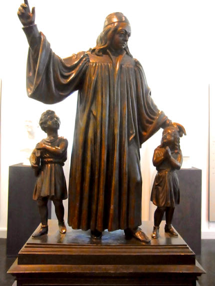 Nachbildung_Francke-Denkmal-430