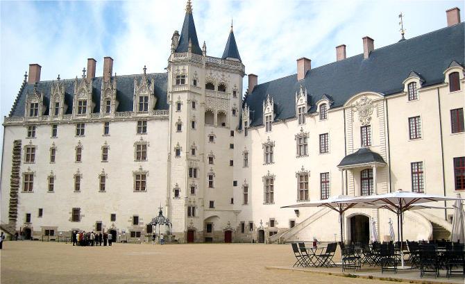 Nantes Schloss der Herzoege-670