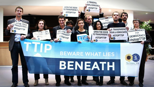 Open_the_Door_to_Transparency-_-StopTTIP_-_15542416215-650