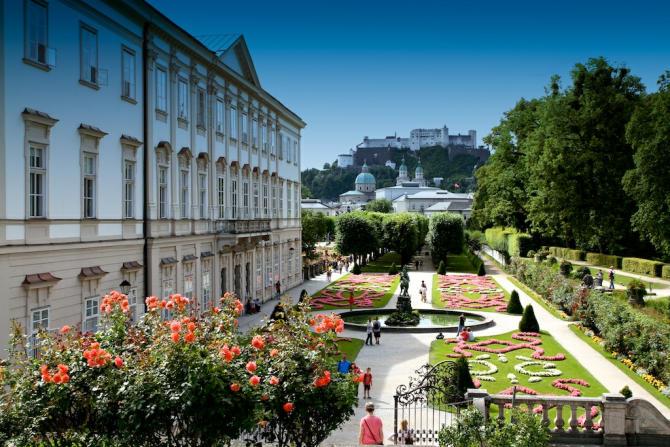 Schloss_Mirabell_Garten_Dom_Festung_Salzburg_2014_07_14_Foto_Elke_Backert-670