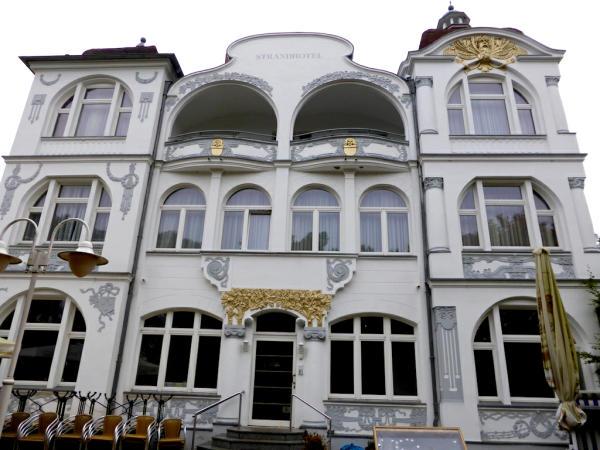 Strandhotel_Baederarchitektur_Usedom_2013_10_12_Foto_Elke_Backert