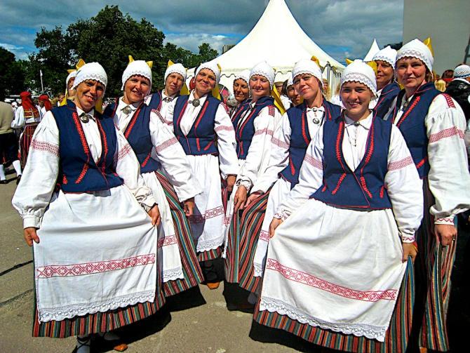 Tallinn-Tanzgruppe 1
