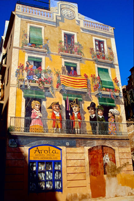 Tarragona Trompe loeil Haus-430
