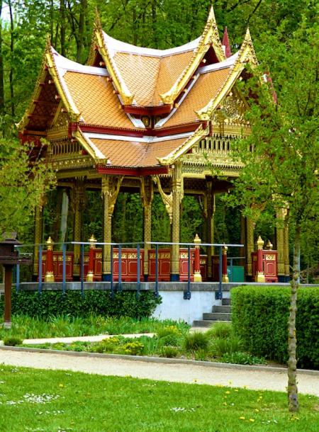 Thai_Sala_hoch_Kurpark_Bad_Homburg_2015_04_25_Foto_Elke_Backert-450