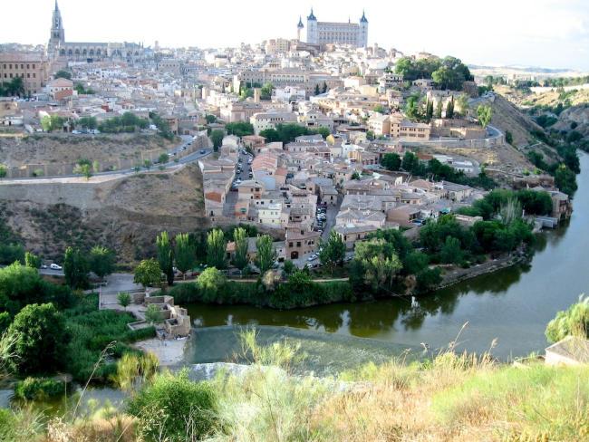 Toledo_Alcazar_Kathedrale_Tajo_2006_06_17_Foto_Backert-650