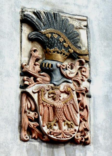 Wappenstein_Milser_Tor_Rathaus_Hall_in_Tirol_2014_04_06_Foto_Backert-430