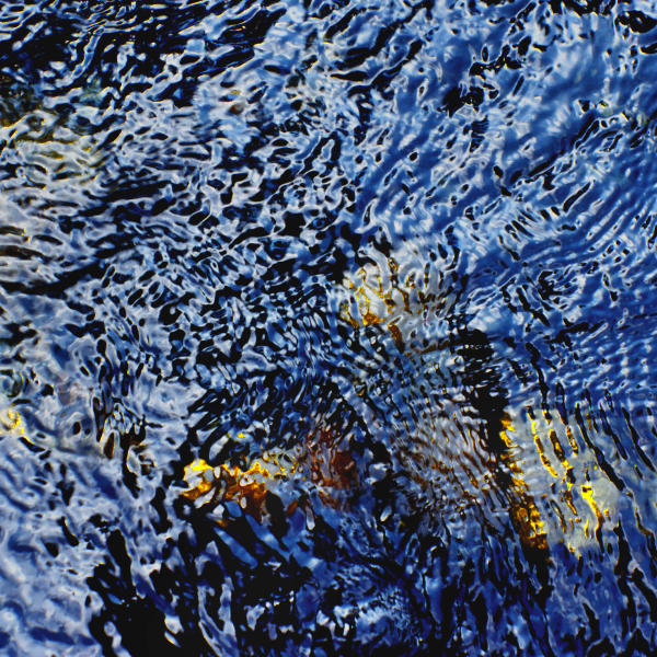 Wasser tiefblau