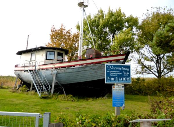 Wohnschiff_Usedom_2013_10_12_Foto_Elke_Backert