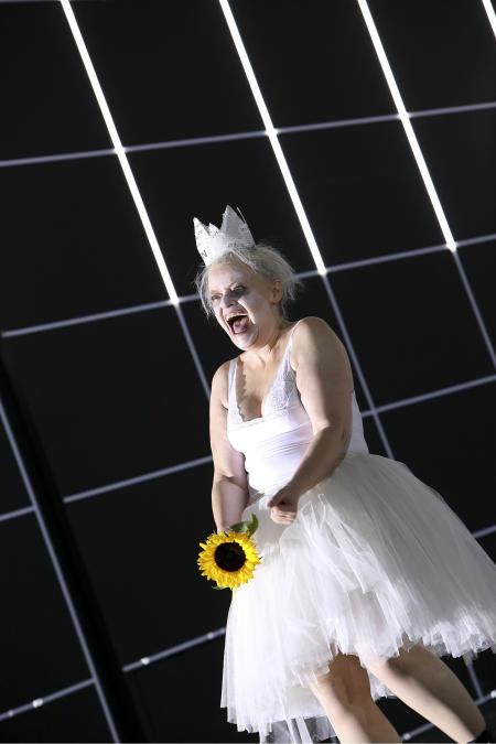 königin lear frankfurt kritik