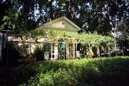 nebbiensches-gartenhaus-430.jpg
