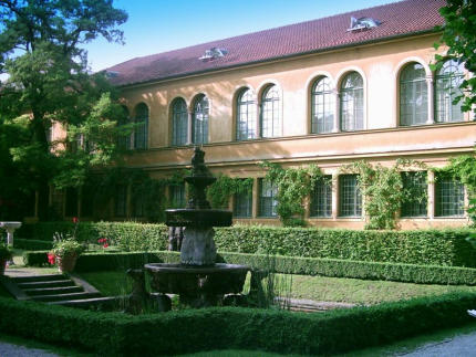 stadtische-galerie-im-lenbachhaus.jpg